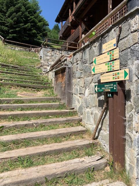 Les Houches Trail Head